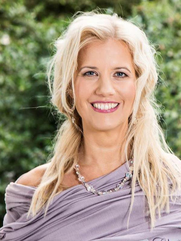 http://bpv.ch/media/speaker_avatar/isabelle-von-fallois.JPG